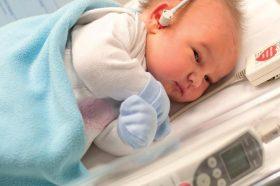 z20741668V,Badanie-sluchu-u-noworodka